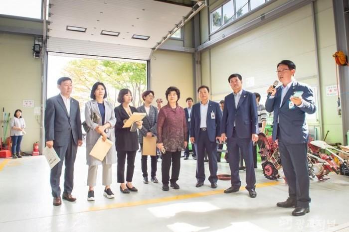 20191004 경제환경위원회, 농업기술센터 방문(3).JPG