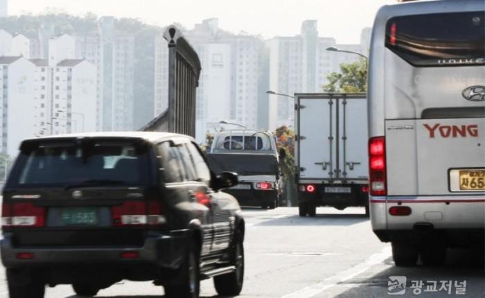 (사진) 경유차 도로 운행 모습.jpg