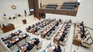20210409 용인시의회, 제254회 임시회 제2차 본회의 열어(2).jpg