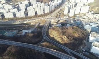 [경제] 10년 8개월 만에 차량 통행된 국도42번 대체우회도로